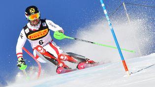 L'Autrichien Martin Hirscher lors de l'épreuve de slalom des Championnats du monde de ski alpin de Saint-Mortiz (Suisse), le 19 février 2017. (DIMITAR DILKOFF / AFP)