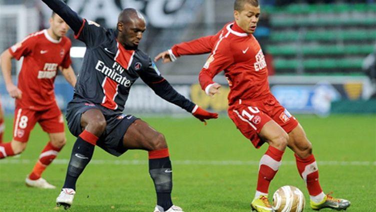 coupe ligue valenciennes psg dossevi 112010 (FRANCOIS LO PRESTI / AFP)