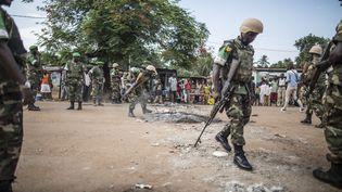 Des troupes rwandaises à Bangui (Centrafrique), le 31 mai 2014. (MARCO LONGARI / AFP)