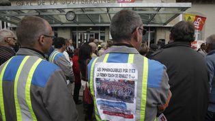 L'usine GM&S Industry à La Souterraine (Creuse) occupée par les salariésen colère, le 13 mai 2017. (PASCAL LACHENAUD / AFP)