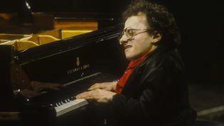 Le pianiste de jazz Michel Petrucciani en 1985.  (MARCELLO MENCARINI / Leemage)
