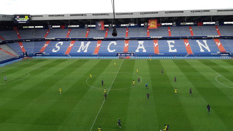 Le stade d'Ornano de Caen (Calvados)avant un match amical de début de saison entre le SM Caen (Stade Malherbe Caen) et le FC (Football Club) de Nantes, le 5 septembre 2019 (illustration). (OLIVIER DUC / RADIOFRANCE)