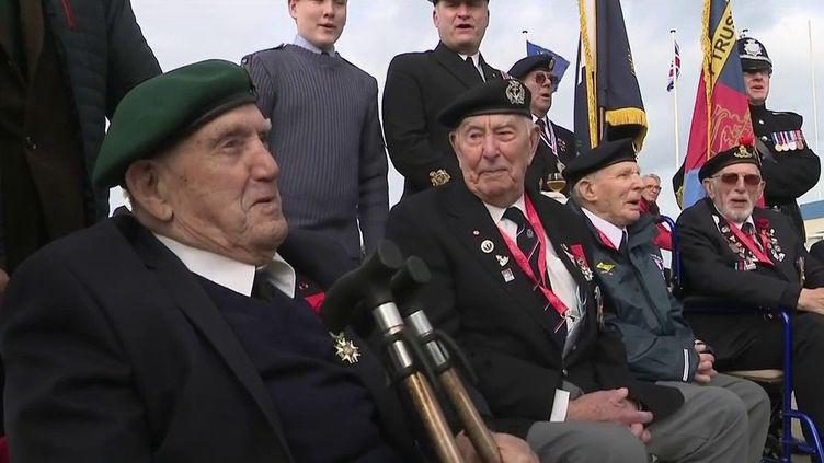 Débarquement du 6 juin 1944 : Léon Gautier, dernier survivant du commando Kieffer, fête ses 99 ans (FRANCE 2)