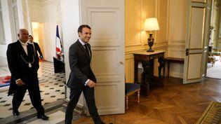Emmanuel Macron reçoit les chefs de parti à l'Elysée en vue des consultations sur les élections européennes de 2019. (LUDOVIC MARIN / POOL / AFP POOL )