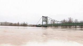 Inondations : Marmande submergée par une crue historique de la Garonne (France 3)