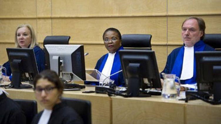 Les juges de la Cour Pénale Internationale ont lancé ce lundi un mandat d'arrêt contre le colonel Kadhafi. (ROBERT VOS / ANP / AFP)