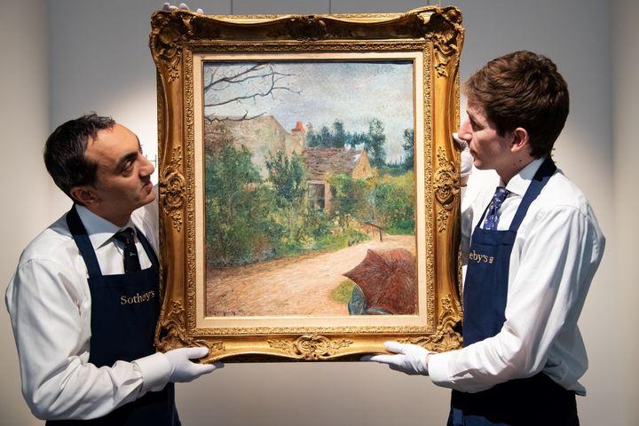 """""""Le Jardin de Pissarro"""" de Gauguin mis en vente aux enchères chez Sotheby's.  (BERTRAND GUAY / AFP)"""
