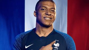 L'équipementier Nike devrait livrer les maillots floqués de deux étoiles à la mi-août 2018. (NIKE)