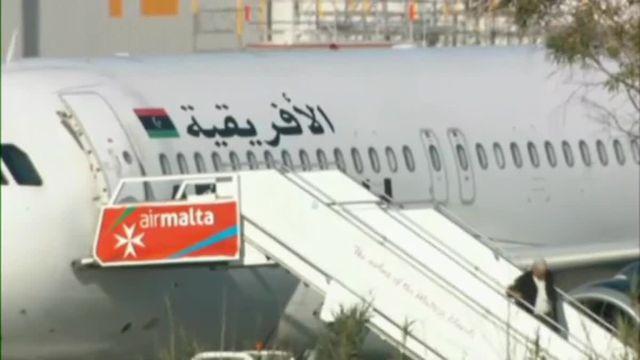 Libération des passagers de l'avion détourné sur Malte