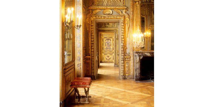 Hôtel de Lauzun : Enfilade de l'appartement du premier étage (17 quai d'Anjou, 4e)  (Gilles Targat)