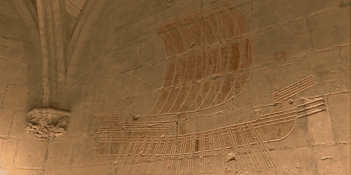 Dessins des prisonniers sur les murs du château de Tarascon  (France 3 / Culturebox)