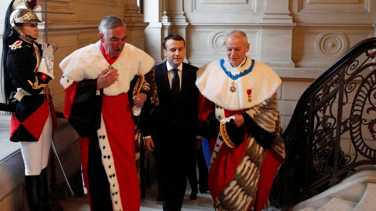 Emmanuel Macron, le 15 janvier 2018, lorsl'audience solennelle de rentrée de la Cour de Cassation, à Paris. (FRANCOIS MORI / AFP)