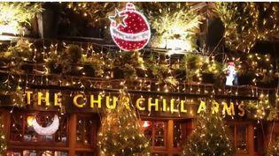 À Noël, Londres (Royaume-Uni) scintille de mille feux. (FRANCE 2)