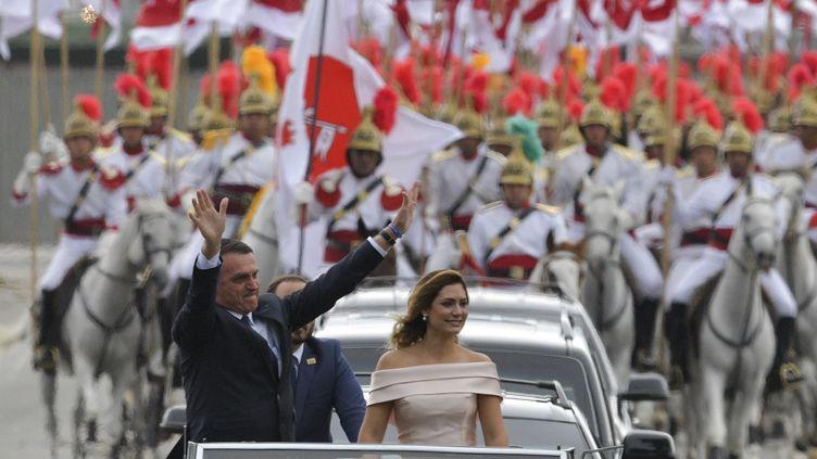 Le nouveau président brésilien, Jair Bolsonaro, le 1er janvier 2019, lors de la parade organisée à l'occasion de sa prise de fonctions à Brasilia (Brésil). (CARL DE SOUZA / AFP)
