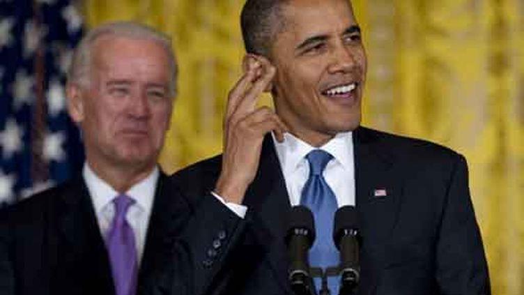 Le président américain Barack Obama et le vice-président américain Joe Biden (26 octobre 2010) (AFP/JIM WATSON)