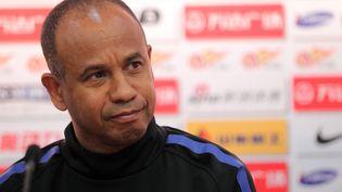 Jean Tigana, à Shanghai, quand il était coach de l'équipe locale, en avril 2012. (XU KANGPING / IMAGINECHINA / AFP)