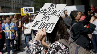 Manifestation d'auteurs inquiets pour leur régime de protection sociale  (Léon Tanguy / MaxPPP)