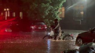 États-Unis : New York sous des inondations meurtrières (France 2)