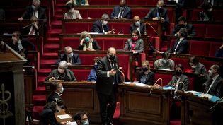 Eric Dupond-Moretti, le ministre de la Justice parle devant les députés à l'Assemblée nationale, le 9 mars 2021. (ARTHUR NICHOLAS ORCHARD / HANS LUCAS)