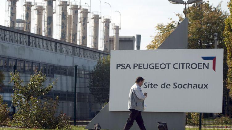 Le site du constructeur français PSA à Sochaux (Doubs), le 27 octobre 2011. (SEBASTIEN BOZON / AFP)