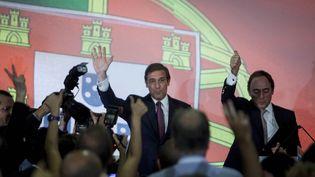 Le Premier ministre portugais, Pedro Passos Coelho, après sa victoire aux élections législatives, le 4 otobre 2015 à Lisbonne (Portugal). (JOAO HENRIQUES / ANADOLU AGENCY / AFP)
