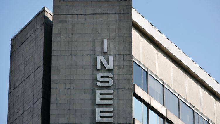 Le siège de l'Insee, à Paris, le 15 mars 2010. (LOIC VENANCE / AFP)