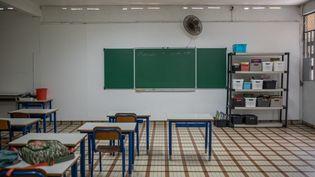 Une salle de classe, le 9 septembre 2021 à Fort-de-France (Martinique). (FANNY FONTAN / HANS LUCAS / AFP)