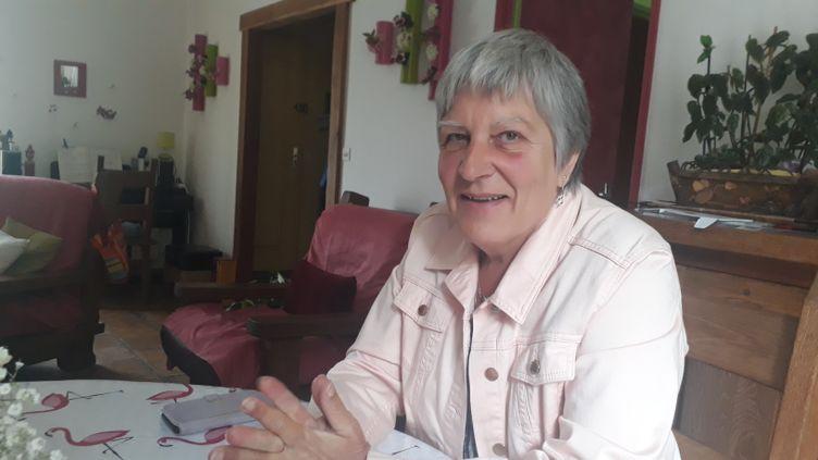 JoëlleManighetti, victime des implants frauduleux PIP. (ÉLODIE GUÉGUEN / RADIO FRANCE)