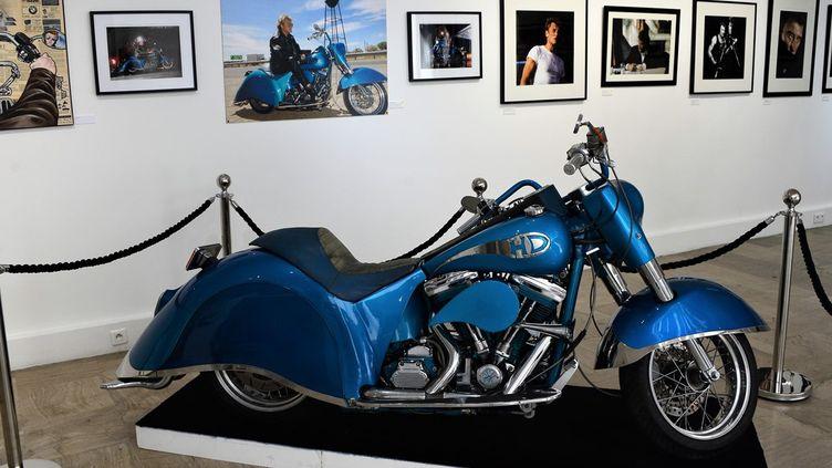 La fameuse moto Laura Eyes, l'une des favorties du chanteur.  (Galerie Joseph)