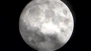 Vue de la Lune depuis Belfort, le 6 octobre 2020. (STÉPHANE VEAUX / FRANCE-BLEU BELFORT-MONTBÉLIARD)