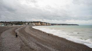 La plage de la ville de Dieppe (Seine-Maritime) le 24 octobre 2020. (XOSE BOUZAS / HANS LUCAS / AFP)