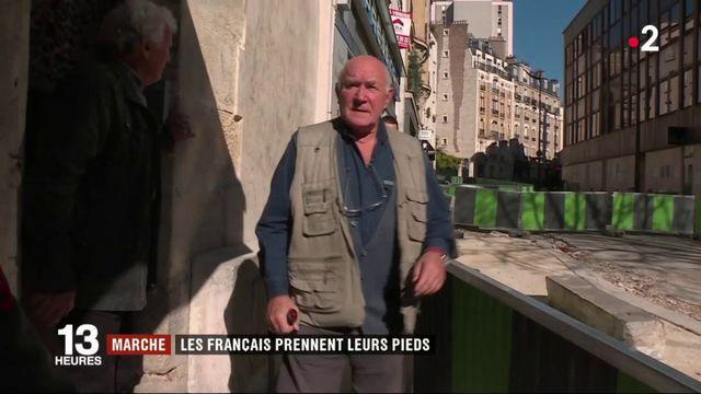 Société : les Français reprennent la marche
