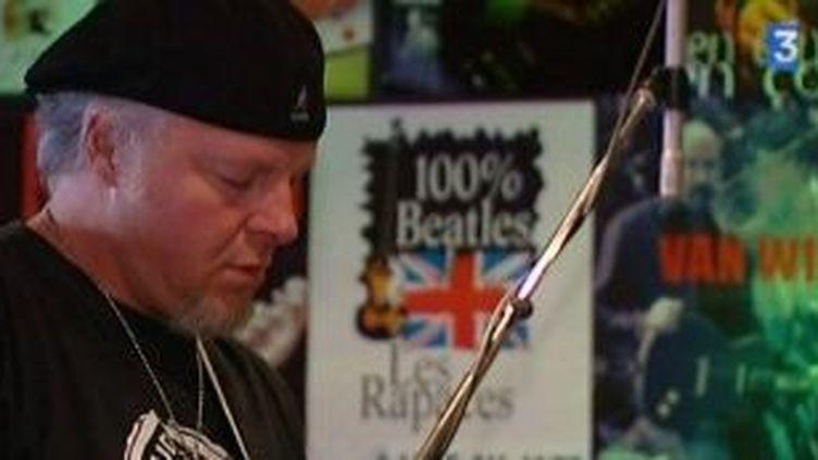 Fred Chapellier, le guitariste de Jacques Dutronc, revient en concert solo  (Culturebox)