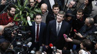 Arnaud Montebourg retrouve Benoît Hamon à Paris, le 27 janvier 2017 (THIBAULT CAMUS / AP / SIPA)