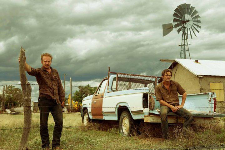 "Ben Foster, Chris Pine dans ""Comancheria"" de David Mackenzie  (Wild Bunch Distribution )"