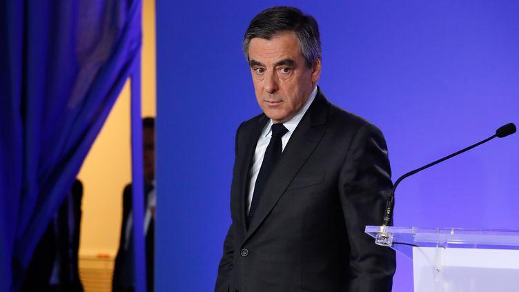Le candidat de la droite et du centre, François Fillon, le 21 avril 2017, à Paris. (PATRICK KOVARIK / AFP)