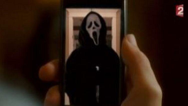 """Scream 4 """"La peur retrouve son vrai visage"""" sur les écrans  (Culturebox)"""