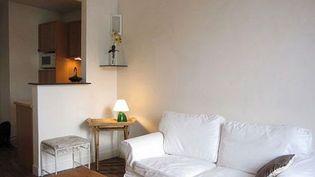 (Chaque pièce du logement est meublée selon sa destination © RF)