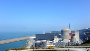 Exercice de crise à la centrale nucléaire de Flamanville (Manche), le 23 mars 2011. (MAXPPP)