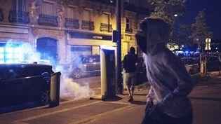 Samedi 12 juin 2021, Paris. Nouvelle soirée Projet X aux Invalides ce samedi. Le rassemblement interdit a rapidement étéinterrompu et les fêtardsdispersés par la policeà l'aide de gaz lacrymogènes. (FIORA GARENZI / HANS LUCAS / AFP)