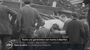 Il y a 54 ans, le 21 octobre 1966, la ville minière d'Aberfan, au pays de Galles, était victime d'un immense glissement de terrain. Une partie du terril situé à proximité a enseveli des habitations ainsi que des écoles. 144 personnes avaient perdu la vie, dont de nombreux enfants. (France 2)