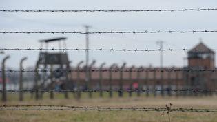 L'ancien camp nazi d'Auschwitz-Birkenau (Pologne), le 27 janvier 2016. (ARTUR WIDAK / NURPHOTO / AFP)