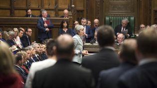 La Première ministre britannique, Theresa May, le 25 mars 2019 au Parlement, à Londres. (MARK DUFFY / UK PARLIAMENT / AFP)