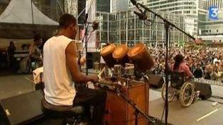 Défense Jazz Festival avec Staff Benda Bilili  (Culturebox)