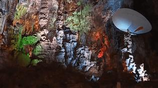 Sortie : voler en ballon dans la grotte de la Salamandre (France 3)