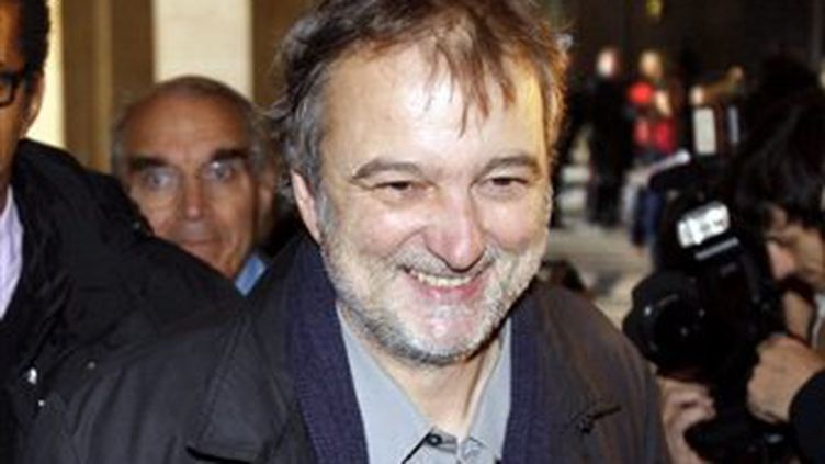 Denis Robert, le 23 octobre, au Palais de Justice de Paris. (© AFP - Patrock Kovarik)