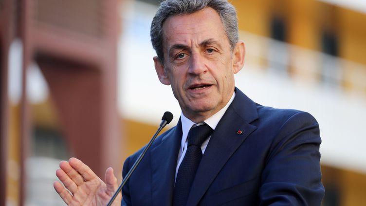 Nicolas Sarkozy, lors d'un discours à Nice (Alpes-Maritimes), le 16 novembre 2018. (VALERY HACHE / AFP)