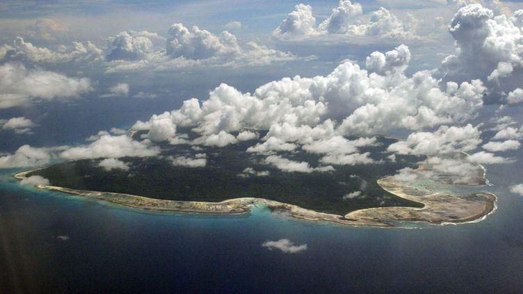 Une vue aérienne del'île de North Sentinel située dansl'archipel indien d'Andaman-et-Nicobar, le 14 novembre 2005. (GAUTAM SINGH / AP / SIPA)