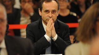 Le maire de Béziers, Robert Menard, lors de son premier conseil municipal, le 4 avril 2014, à Béziers (Hérault). (SYLVAIN THOMAS / AFP)