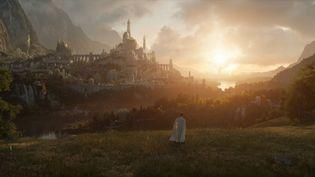 Amazon Prime Video a publié le premier visuel de la série Le Seigneur des Anneaux, attendue pour 2022. (AMAZON PRIME VIDEO)